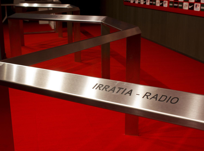 http://grafiksarea.com/wp-content/uploads/PRENTSA-IRRATIA-1-de-1.jpg