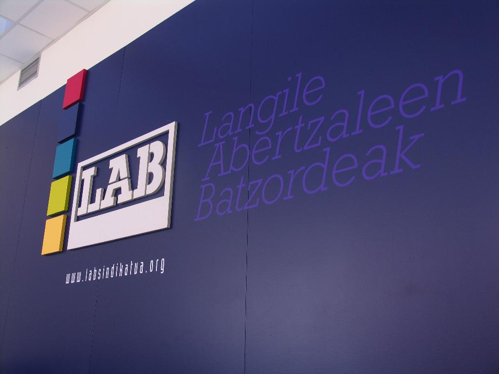 http://grafiksarea.com/wp-content/uploads/lab-egoitza_010.jpg